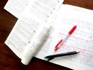 英語を学習中のテキストとノート