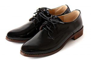 学生用の靴