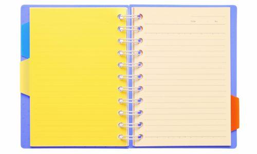 黄色い見出しのルーズリーフ
