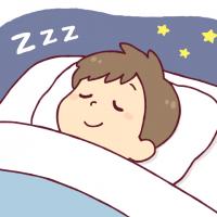 睡眠中の男の子